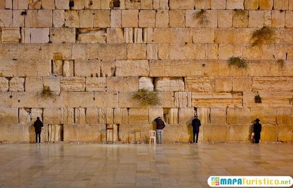 Muro de las Lametaciones