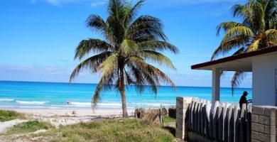 Playa Azul y Playa Varadero