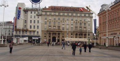 Plaza Trg Josipa Jelacica
