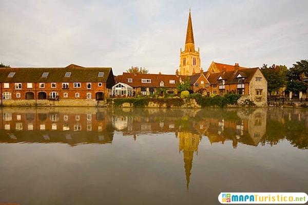 Abingdon desde el Thamesis