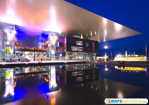 centro de convenciones y conciertos kkl