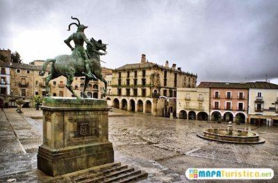 mapa-turistico-plaza-mayor-de-trujillo