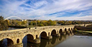 mapa turistico puente romano