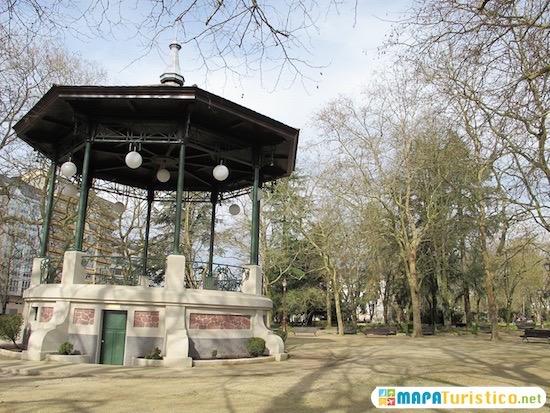 parque rosalia de castro lugo